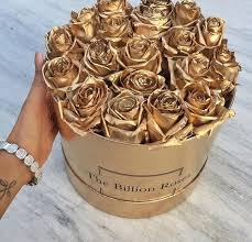 gold flowers gold roses shared by adrîenne on we heart it