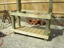 Inexpensive Potting Bench by Diy Rustic Potting Bench Easy Diy And Crafts