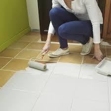 peinture sol cuisine repeindre du carrelage de salle bain peindre sol peinture cuisine