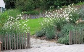 portails de jardin henrion jardins clôtures portails jardin en bois et alu