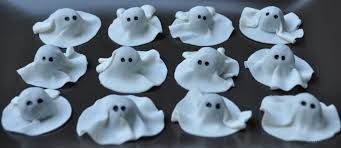 Halloween Cupcakes Ghost Chocolate Cupcakes Sweeterrific