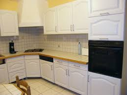 peinture bois meuble cuisine peinture renovation meuble cuisine élégant peindre ses meubles en