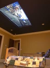 tv a soffitto installa un display da 98 sul soffitto della
