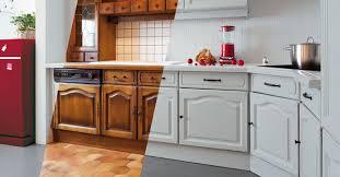 meuble cuisine repeint renovation meuble cuisine en chene 4 id233e d233co repeindre