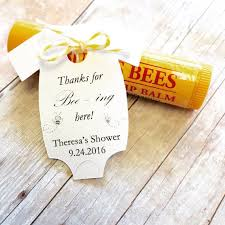 baby shower gifts for guests best 25 baby shower favors ideas on baby shower party