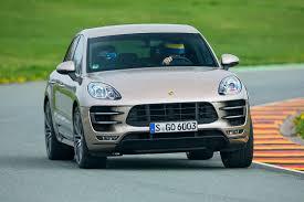porsche macan turbo test test porsche macan turbo schnelles familien suv autobild de