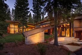 glass front house modern mountain home in truckee