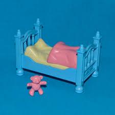 playmobil chambre bébé playmobil chambre enfant ã poque lit bleu couverture bébé
