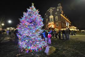 market commons tree lighting ceremony weymouth lights up at annual christmas tree lighting news the