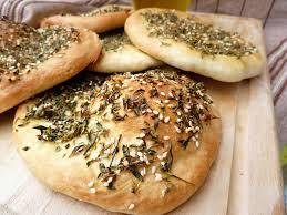 cuisine libanaise facile manakish galette a l origan zaater recette libanaise