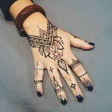 25 ide terbaik tato henna di pinterest inai desain henna dan