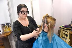 this law would require stylists to look for signs of domestic