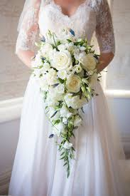 wedding flowers in cornwall a beautiful cornwall wedding at the carbis bay hotel with navy