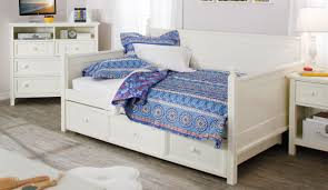 Pop Up Platform Sleeper Sofa by Daybed Full Size Daybed With Storage Drawers Reston Sleeper Sofa