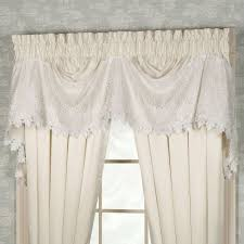 trousseau lace balloon shade