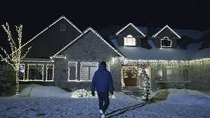 outdoor christmas lights for bushes how to hang outdoor christmas lights canadian tire