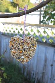 bird seed wedding favors cookie cutter bird seed feeders a toddler friendly method