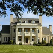 southern plantation style homes best 25 plantation style homes ideas on plantation