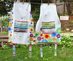 craft hope aprons for haiti plus a quick apron tutorial