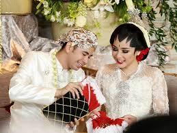 wedding dress nagita slavina pernikahan raffi ahmad dan nagita slavina gambar foto