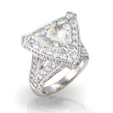 diamond ring what shape of diamond ring should i choose