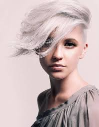 funky hairstyle for silver hair 105 best coupes courtes short hair images on pinterest short