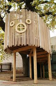 best 25 pallet tree houses ideas on pinterest pallet tree