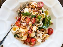 orecchiette with bacon black eyed peas and spinach recipe