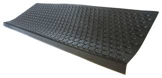 coin grip step mats set of 6 traditional stair tread rugs