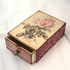 Decoupage Box Ideas - resultado de imagen para decoupage box ideas artesan祗as lindas