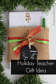 holiday teacher gift idea with expressionary