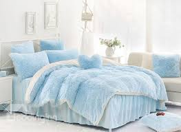 solid light blue and white color blocking fluffy 4 piece bedding
