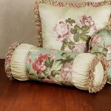 herworldplus pillow decoration