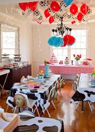 Decorate Table For Birthday Party Awesome Decorations For Farm Theme Need To Do The Table Cloths