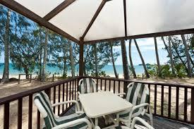 cairns beach accommodation beachfront bungalows u0026 villas ellis
