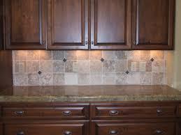 small kitchen decoration using light brown travertine tile