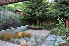 Simple Backyard Landscaping Ideas On A Budget by Inexpensive Landscaping Ideas To Beautify Your Yard Freshome Com