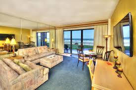 2 Bedroom Suite Daytona Beach 1448670752hawaiianinn 105 5674 75 76 77 78 79 80 Tonemapped Jpg