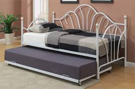 White Metal Daybed With Trundle Aerona White Metal Day Bed W Trundle Guest Room Furniture