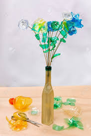 Vase Made From Plastic Bottle Creative Recycling Flowers Made From Scraps Of Plastic Bottles