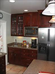 how to add molding to kitchen cabinets kitchen shaker style crown molding what to put on top of kitchen