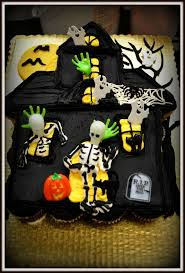 Unique Halloween Cakes 64 Best Haunted House Cakes Images On Pinterest Haunted House