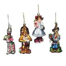 the tin e pattern third in the wizard of oz ornament series by