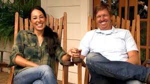 fixer upper down on the farm with chip youtube