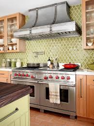 Green kitchen backsplash