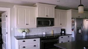 kitchen backsplash pictures with white cabinets kitchen backsplash ideas white cabinets black countertops