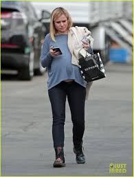 kristen bell u0027s baby bump is growing bigger u0026 bigger photo