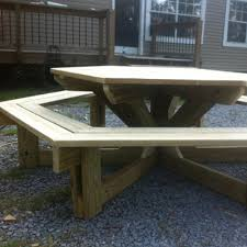 Free Plans For Building A Hexagon Picnic Table by Kreg Tool Company