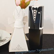 and groom favor boxes 75 best taobao wedding favor boxes images on wedding