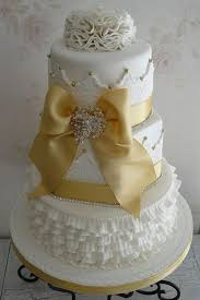 golden wedding cakes wedding ideas anniversaire weddbook